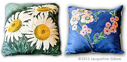 Painting on Fabric: Picture of 2 painted pillows